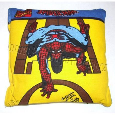 Cestovní polštářek Spiderman žlutý 14x14 cm